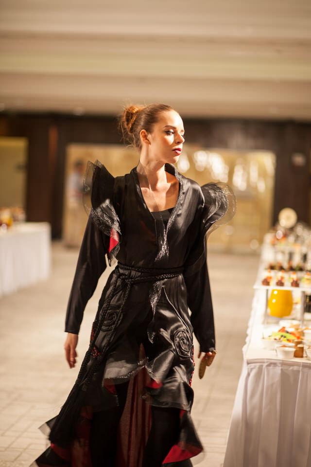 Ziryab-Fashion-Show_Aisha_5013