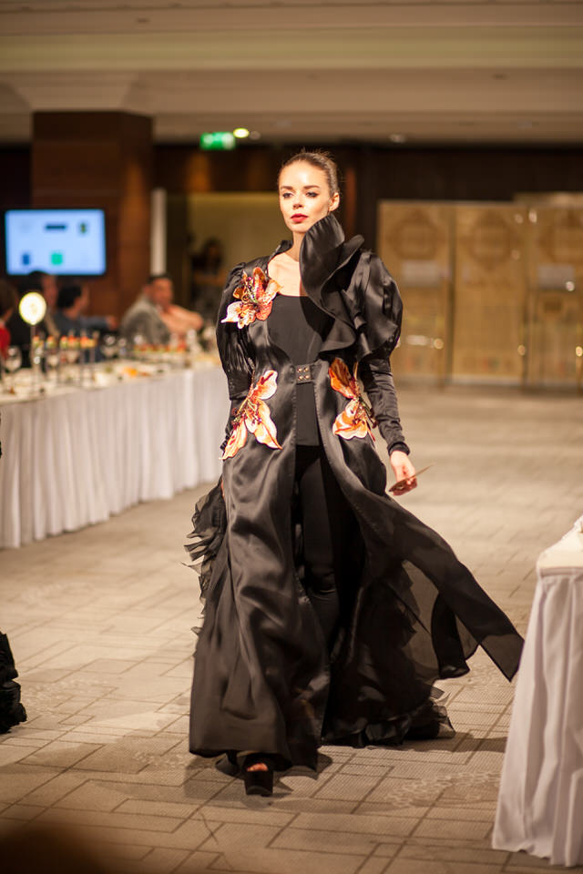 Ziryab-Fashion-Show_Aisha_5163